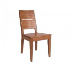 Jednoduchá drevená stolička