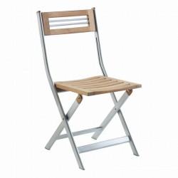 Efektná stolička do exteriéru