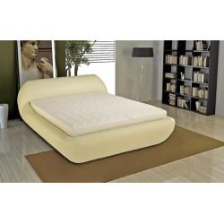 Manželská posteľ v atypickom dizajne