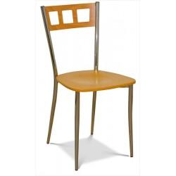 Stolička s dreveným sedákom