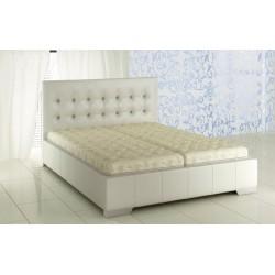 Manželská posteľ v piatich farbách
