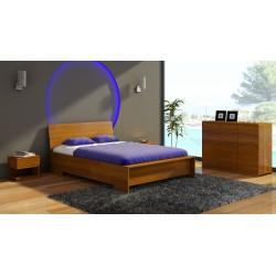 Masívna borovicová manželská posteľ z vysokým čelom Lagerkvist