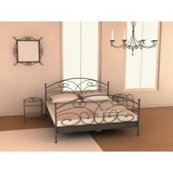 Manželská posteľ v troch rozmeroch