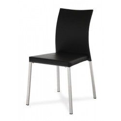 Jedálenská stolička v dvoch farbách