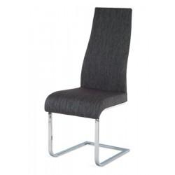 Jedálenská stolička v troch farbách