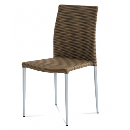 Stohovateľná stolička z ratanu