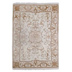 Kvalitný koberec s orientálnym vzorom